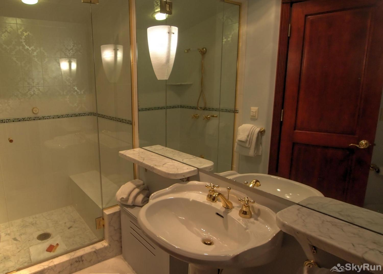 Ballard House 207 3BR 2nd Bath