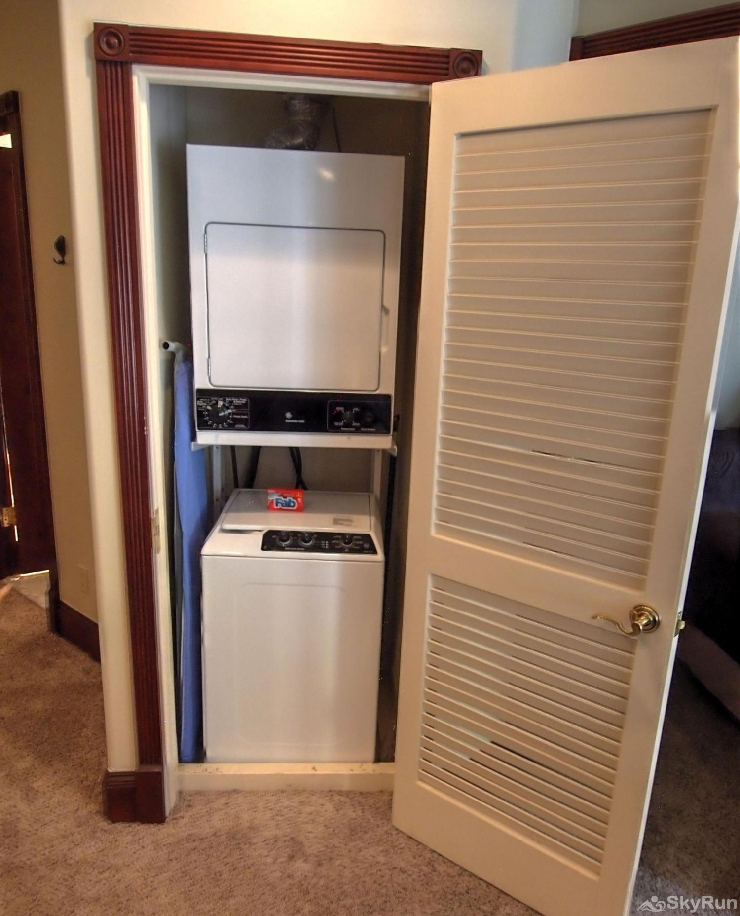 Ballard House 207 3BR Washer/Dryer